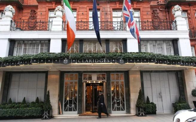 61222933_Claridges-hotel-London-NEWS-xlarge_trans_NvBQzQNjv4BqCH2TR4Yn9YEnzjMx_0VLqcu7CsCyHAmikSkBOkpqlUQ (1)